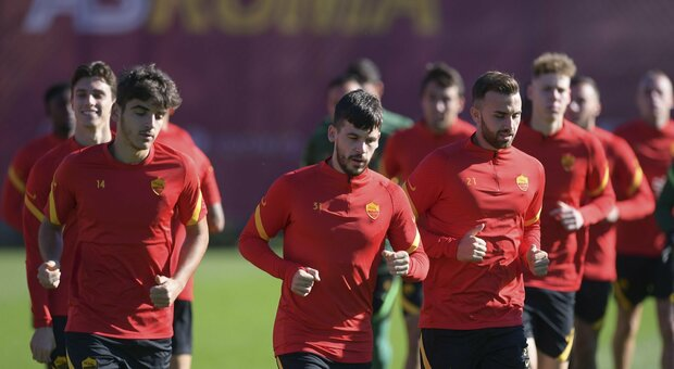 Roma-Parma, ecco Mayoral e Villar con Pedro: c'è tanto di Spagna nel giallorosso