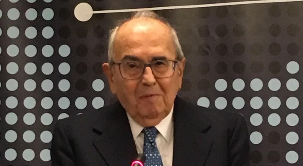 Francesco Merloni Lo Dice La Medicina Precedenza A Chi Ha Piu Chance Di Vivere