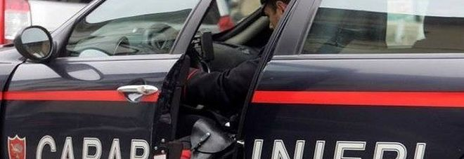 Macerata, sette etti di cocaina nascosti nella mansarda della nonna: arrestato