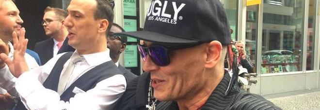 Perché Johnny Depp è magrissimo e irriconoscibile  la verità a cui tanti  avevano pensato 84249c1ab676