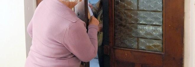 I truffatori sbadati sbagliano la vocale: nonnina di 90 anni salva 4mila euro