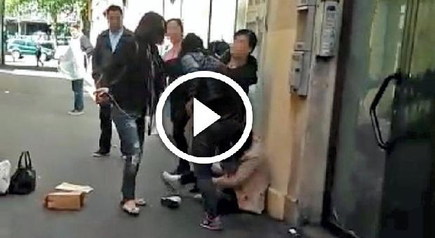 """Napoli, follia in un ospedale: trascina la moglie infermiera per i capelli: """"Vieni a cucinare"""""""