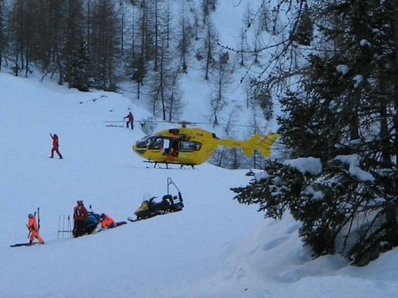 Dramma a Folgarida, sciatore cade e muore