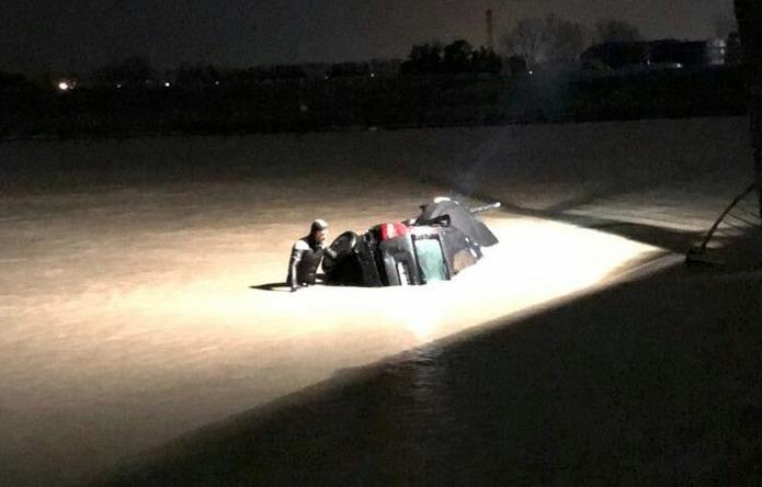 Incidente mortale allo Scolmatore: finiscono con l'auto nel canale