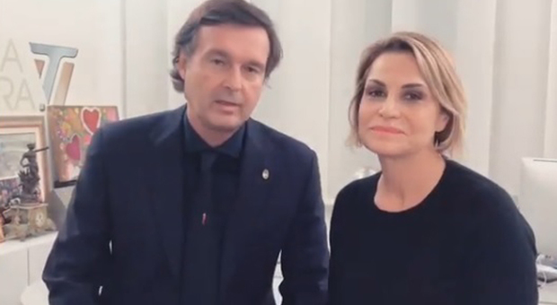 Simona Ventura e Gerò Carraro, addio sui social con un video